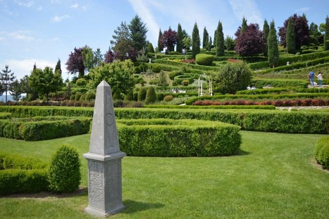 """I giardini di Zoe"" (satul Banpotoc, com. Hărău, jud. Hunedoara)"