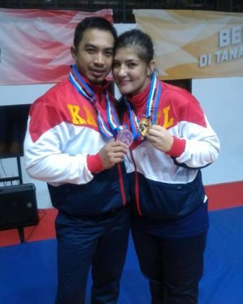 cu-sotul-medaliati