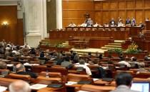 Liberalii au depus o moţiune de cenzură la adresa Guvernului Ponta
