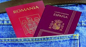 PSD Spania încearcă marea cu degetul: vrea dublă cetăţenie pentru românii din Spania