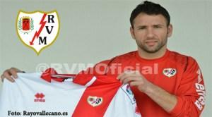 Încă un român în Primera División. Răzvan Raţ a semnat pentru Rallo Vallecano