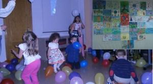 """Activităţi de Ziua Copilului la Biblioteca """"Lucian Blaga"""" din Madrid"""
