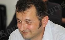 Scriitorul Gelu Vlaşin a demisionat din funcţia de vicepreşedinte al FEDROM