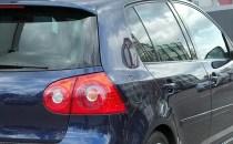 4 lucruri pe care ar trebui să le eviţi atunci când cumperi o maşină