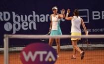 TENIS: Irina Begu s-a calificat în finala simplu feminin, iar alături de Raluca Olaru în finala de dublu feminin a turneului BRD Bucharest Open