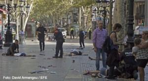 Cel puțin 13 morţi și circa 20 de răniți în urma unui atac terorist comis pe artera La Rambla din Barcelona
