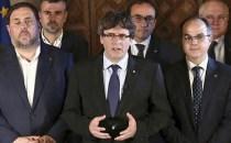 """Uite independenţa! Nu e independenţa!… Carles Puigdemont se joacă """"alba-neagra"""" cu Catalonia"""