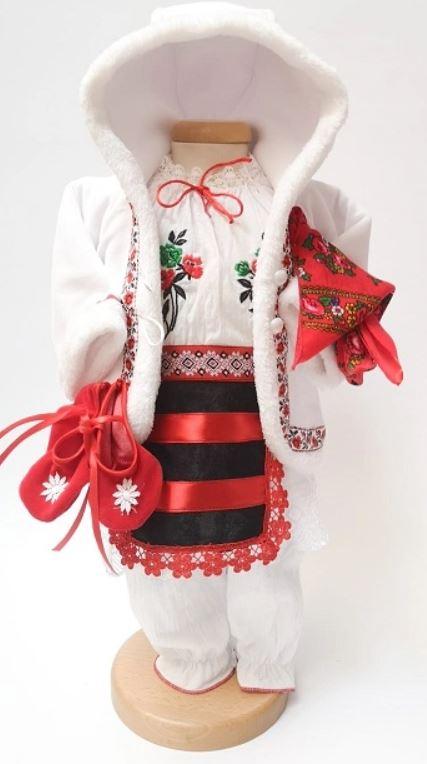 rochite traditionale botez bebelusi iarna