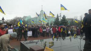 Pro-Ukraine-Protest-in-Luhansk
