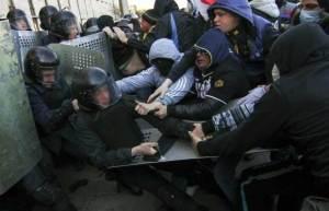 Russian-Thug-in-Kharkiv-2