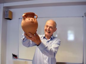 Retiring SGRP president after being presented with a replica face-pot in gratitude for his work in the post (Photo: Kate Brady)