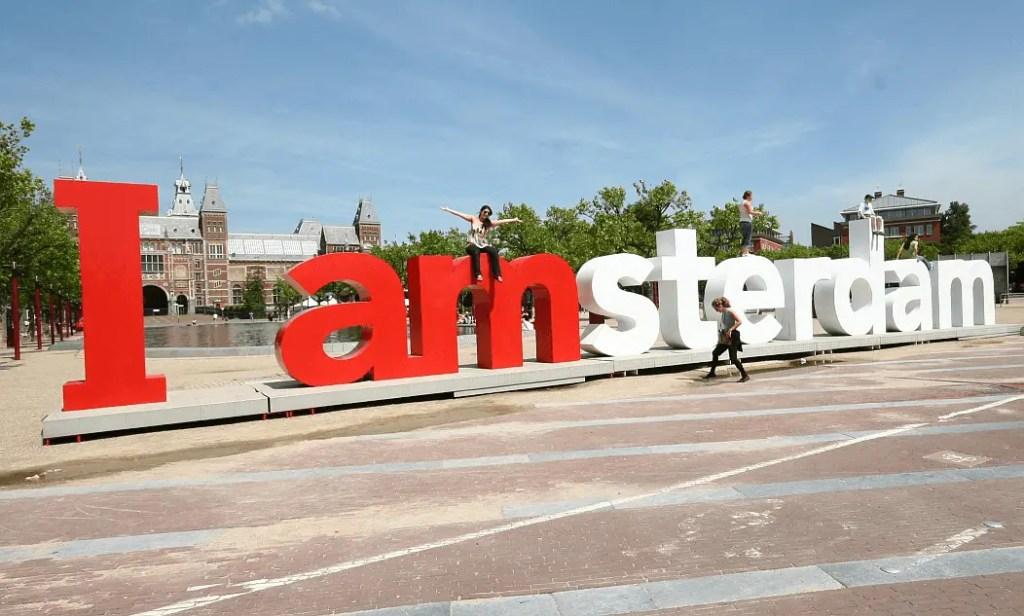 Знак, вещи которые стоит сделать в Амстердаме летом 2017