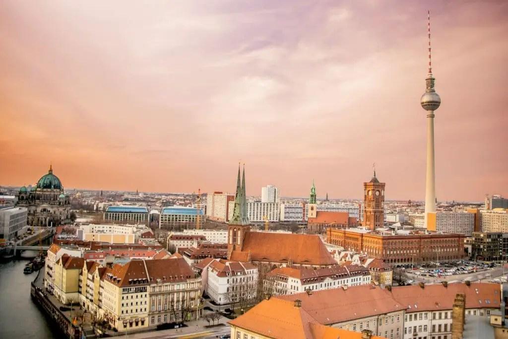Вид на Берлин на рассвете