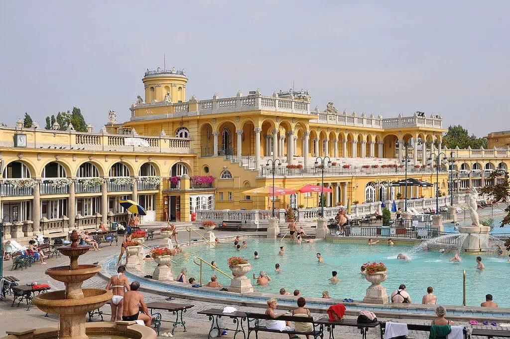 2-day Budapest itinerary Szechenyi Baths