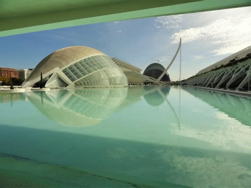 Вид на город искусств и наук в Валенсии