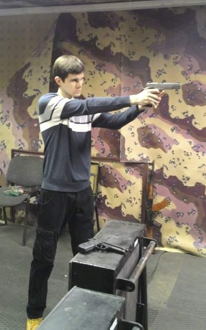 Роман Стеценко