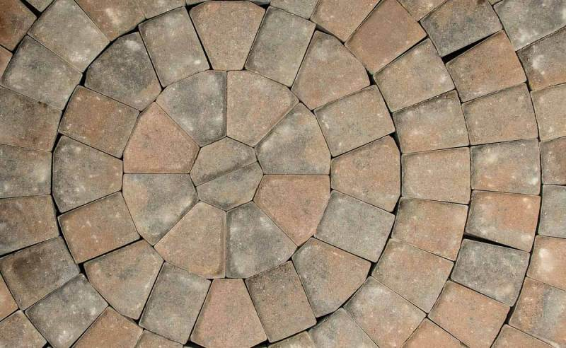 Circle Kit Specialty Paver Romanstone Hardscapes