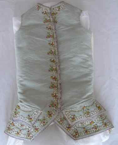 Ribbon Embroidery Court Suit