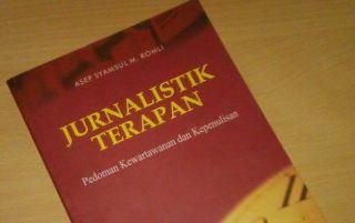 jurnalistik-terapan-buku
