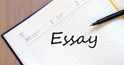 menulis esai