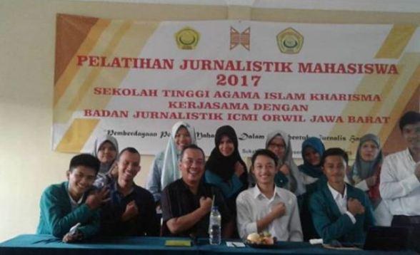 pelatihan-jurnalistik-stai-kharisma-sukabumi-2017
