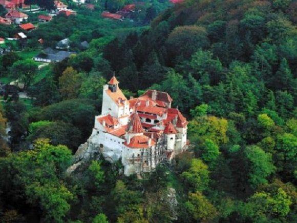 bran-castle-summer