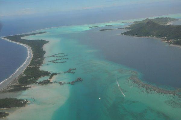 The-society-islands-bora-bora