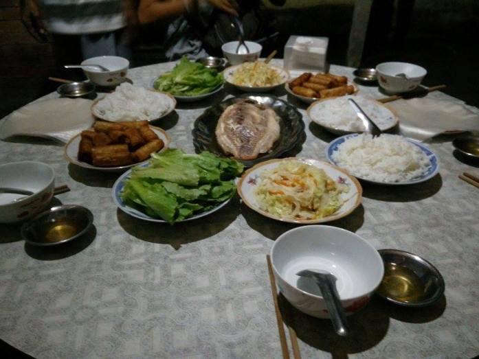 Cena en la casa de familia, Delta Mekong, Vietnam 2015