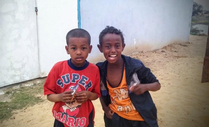 Niños nubios, Pueblo nubio cerca de Asuán, Egipto, marzo 2016 | viajarcaminando.org