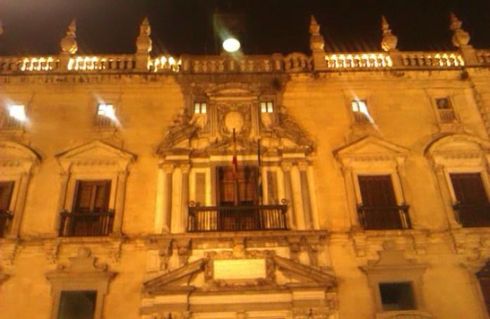 El Ayuntamiento, Plaza del Carmen, Granada, España, 2010