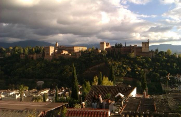 La Alhambra vista desde el Mirador San Nicolás, Granada, España, 2010