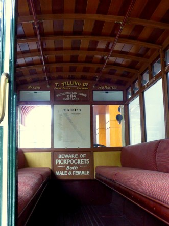 Interiorul autobuzului