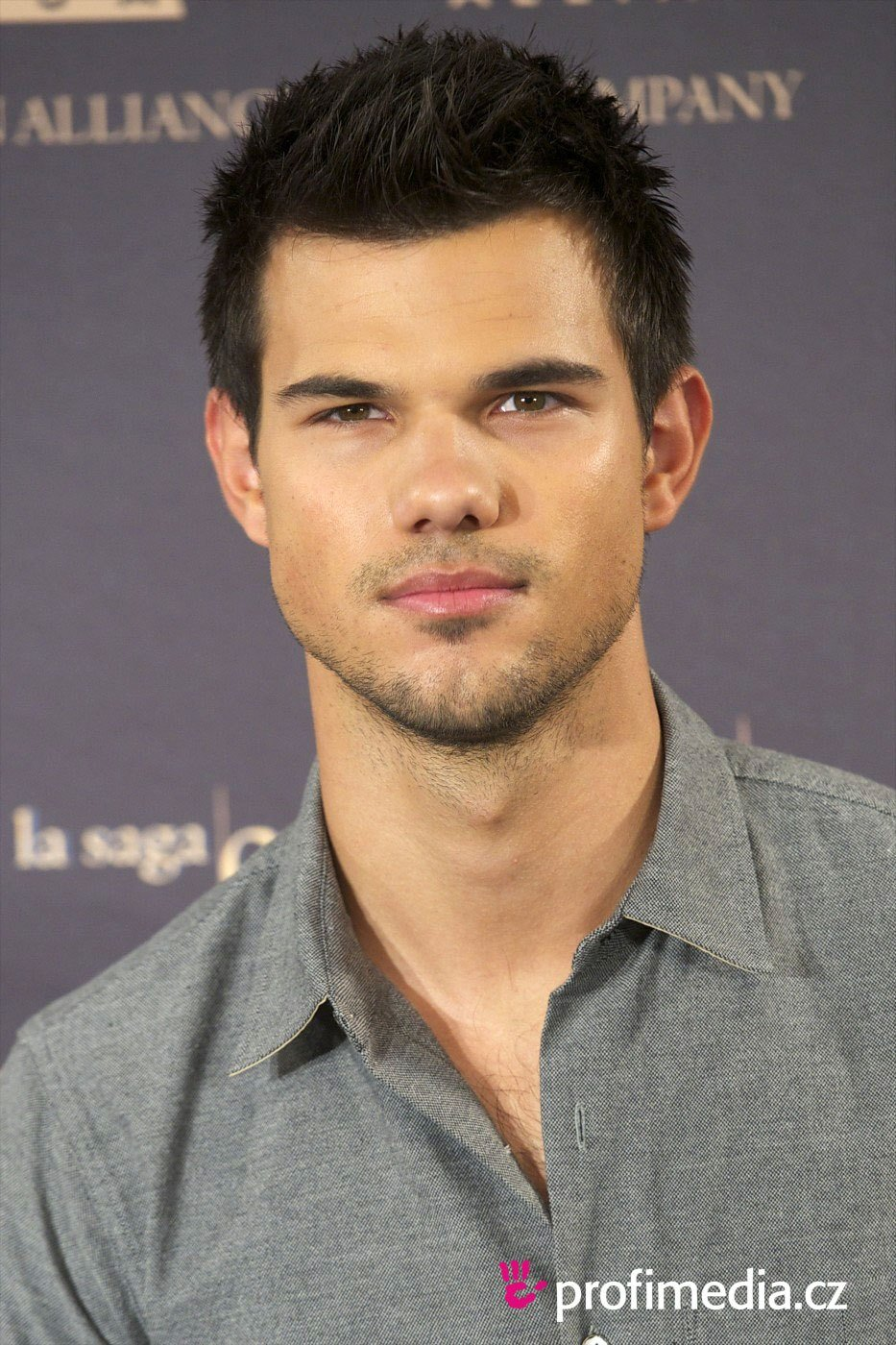 The Best Taylor Lautner Hairstyle Easyhairstyler Pictures