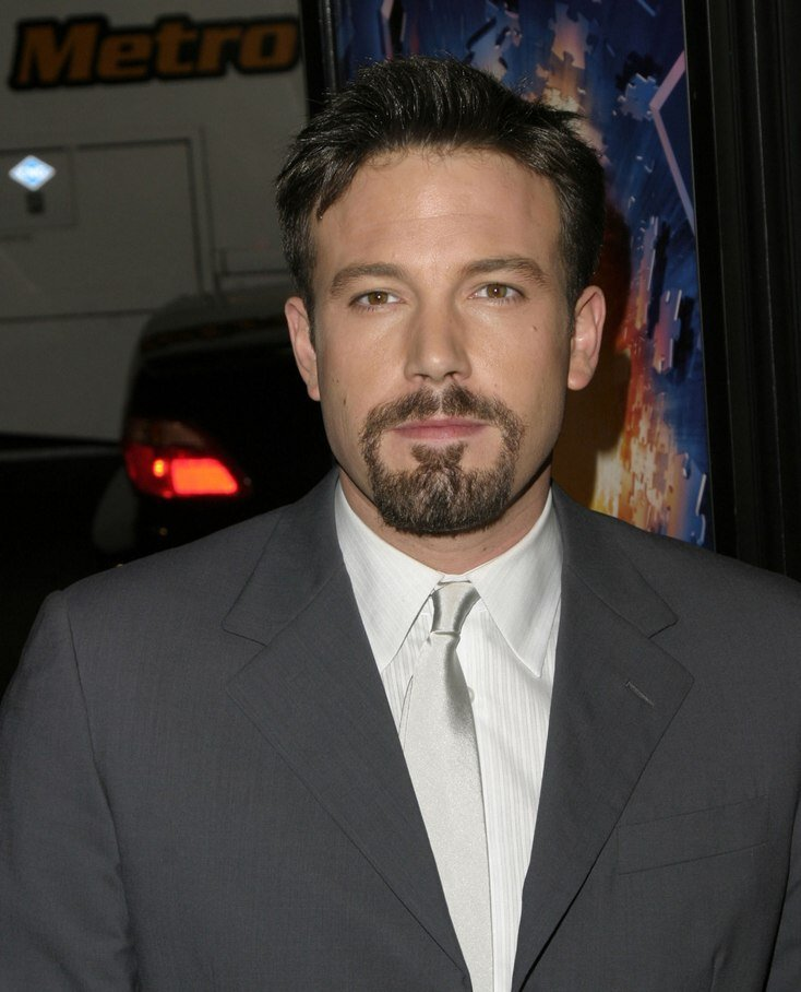 The Best Ben Affleck Short Debonair Men S Hairstyle And Sideburns Pictures