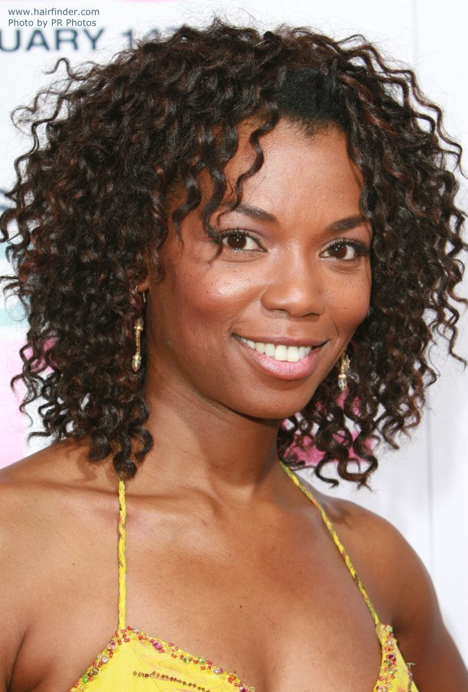The Best Vanessa Williams Hairstyle With Crimping To Make The Pictures