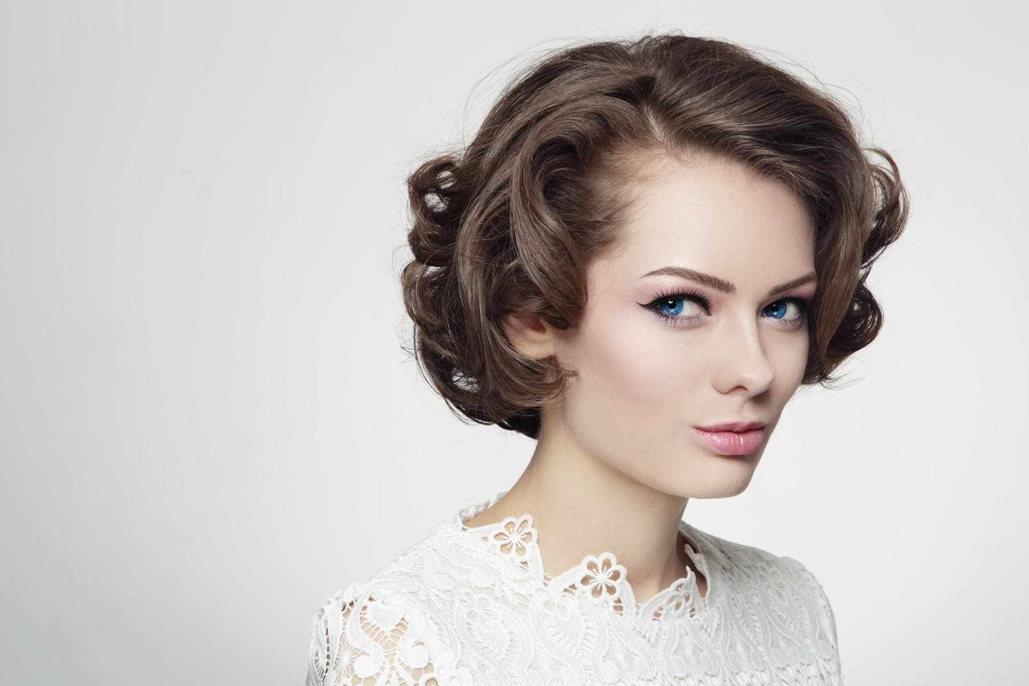The Best 60S Hairstyles Hair Tutorials And Inspiration From The Past Pictures
