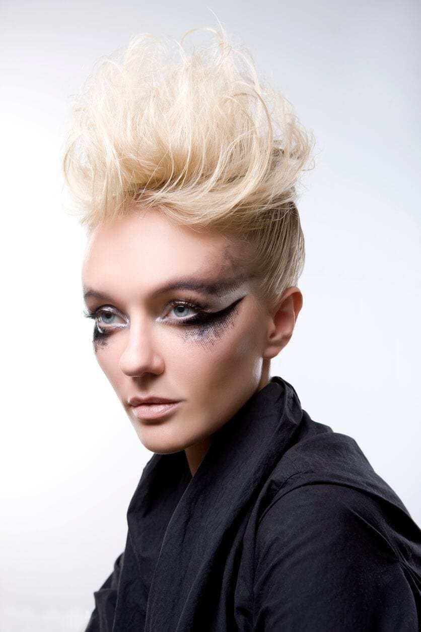 The Best 8 Fashionable Mohawk Hairstyles For Women From Haute To Head Turning Pictures