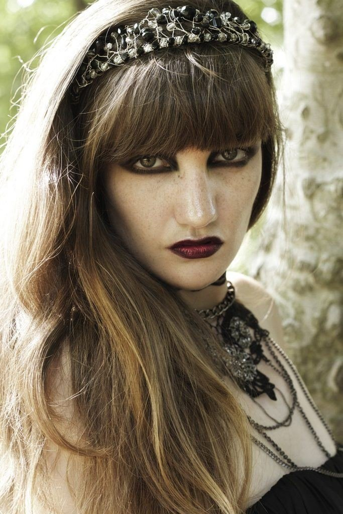 The Best Emo Bangs 15 Ways To Rock This Edgy Fringe Pictures