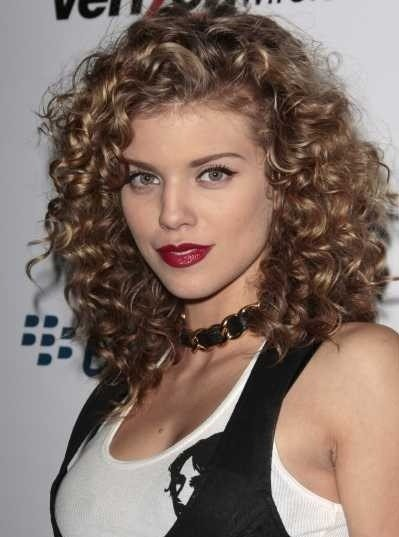 The Best Medium Length Curly Hair Styles 11 Curly Hairstyles For Girl Pictures