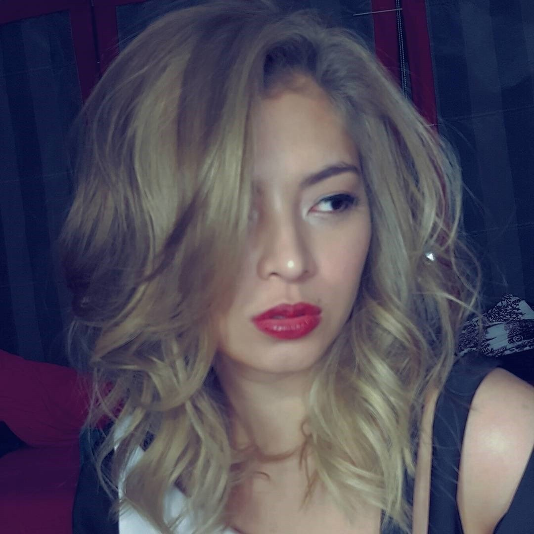 The Best Angel Locsin Switches To Blonde Hair Pictures
