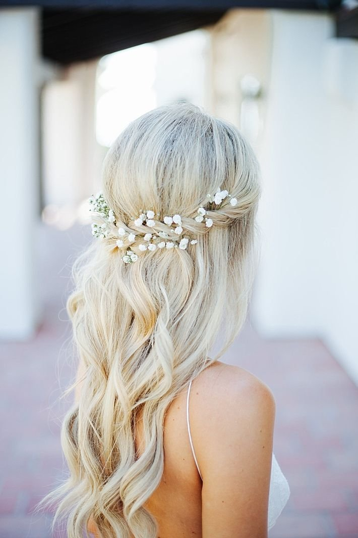 The Best Best 25 Wavy Bridal Hair Ideas On Pinterest Wavy Wedding Hair Simple Wedding Hairstyles And Pictures