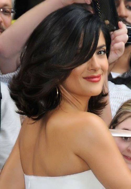 The Best Trendy Hair Style Feathers And Outward Curls Hairstyles Pictures