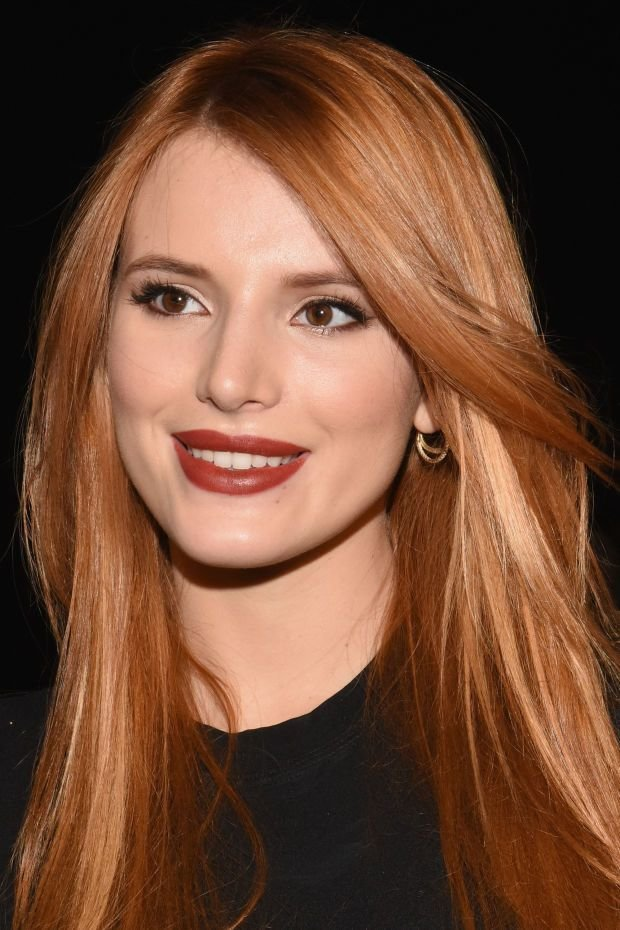 The Best Celebrity Makeup Looks Brick Red Lipstick Cat Eyes And Pictures