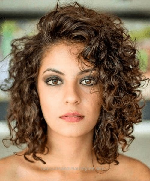 The Best Best Shoulder Length Curly Hairstyles 2018 For Women Pictures