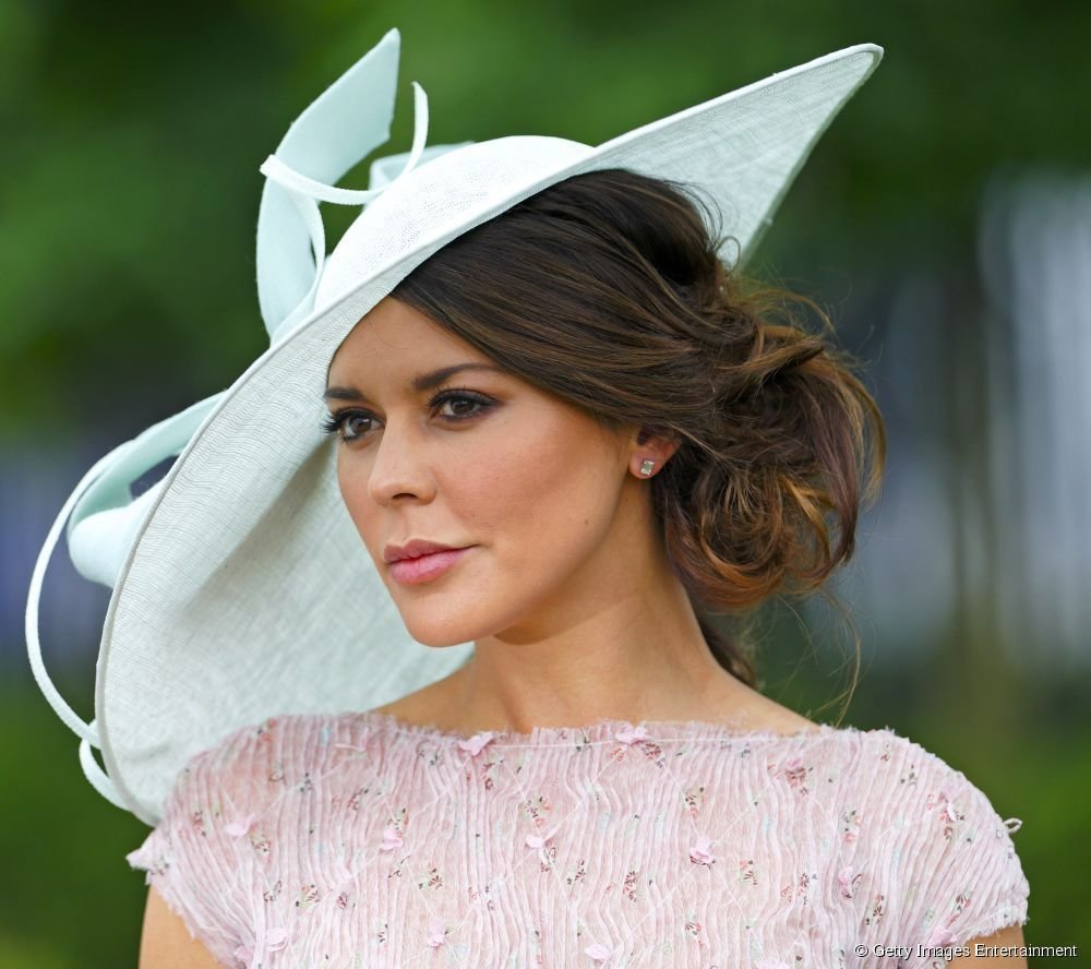 The Best Hairstyles For Hats Ascot Google Search Hair Dos For Pictures
