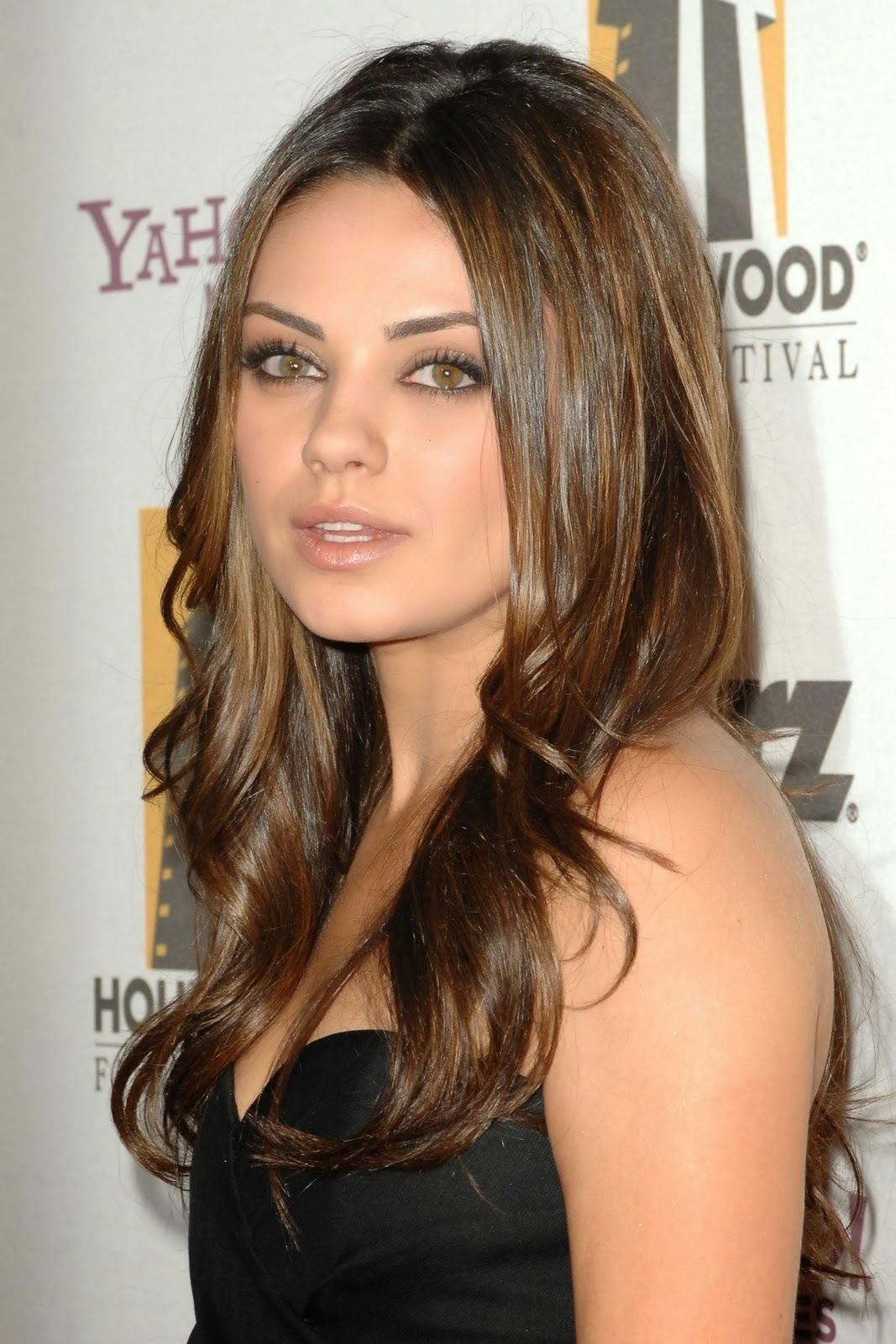 The Best Medium Skin Tone Hair With Hazel Eyes Google Search Beauty Mila Kunis Hair Hair Styles Pictures