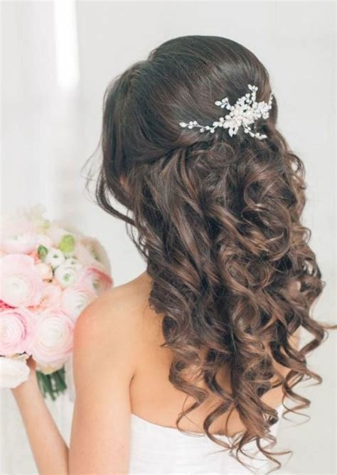 The Best 25 Awesome Bridesmaid Hairstyles Ideas That Will Enhance Pictures