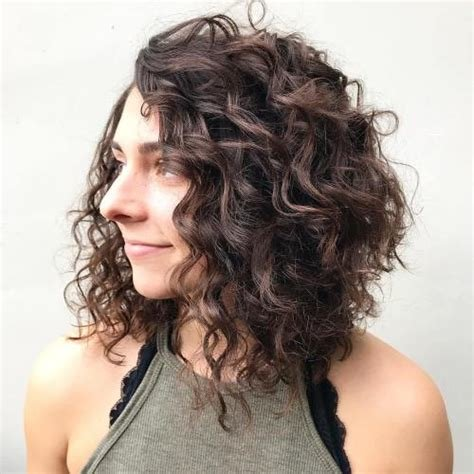 The Best 50 Different Versions Of Curly Bob Hairstyle Pictures