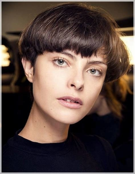 The Best 10 Short Haircuts Fall Winter 2018 2019 Short And Curly Haircuts Pictures