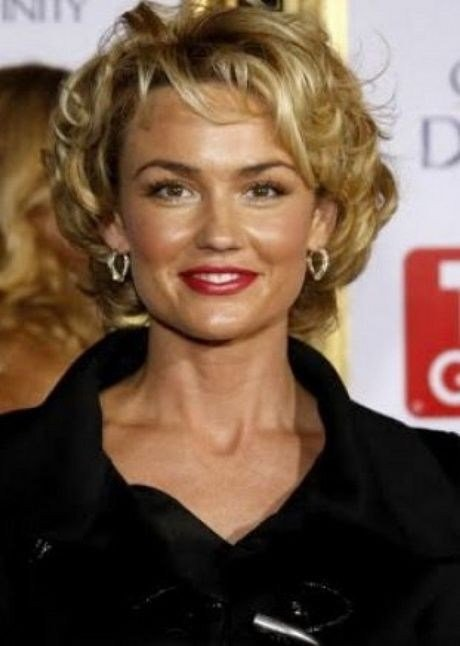 The Best Hairstyles For 40 Year Old Woman With Curly Hair Fresh Pictures